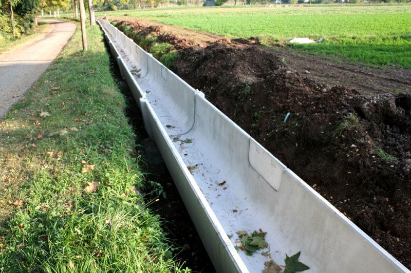 Canali irrigazione in cemento prefabbricati per agricoltura for Manichette per irrigazione prezzi
